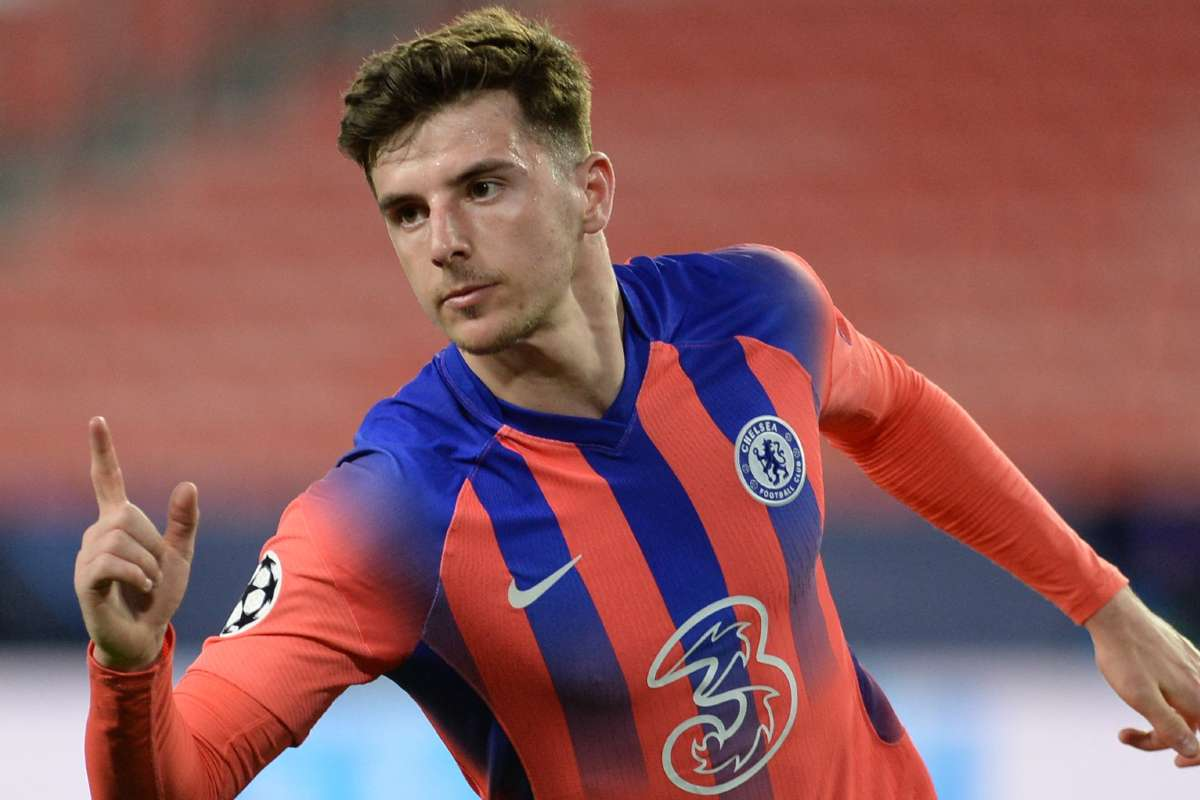 Mason Mount in action for Chelsea