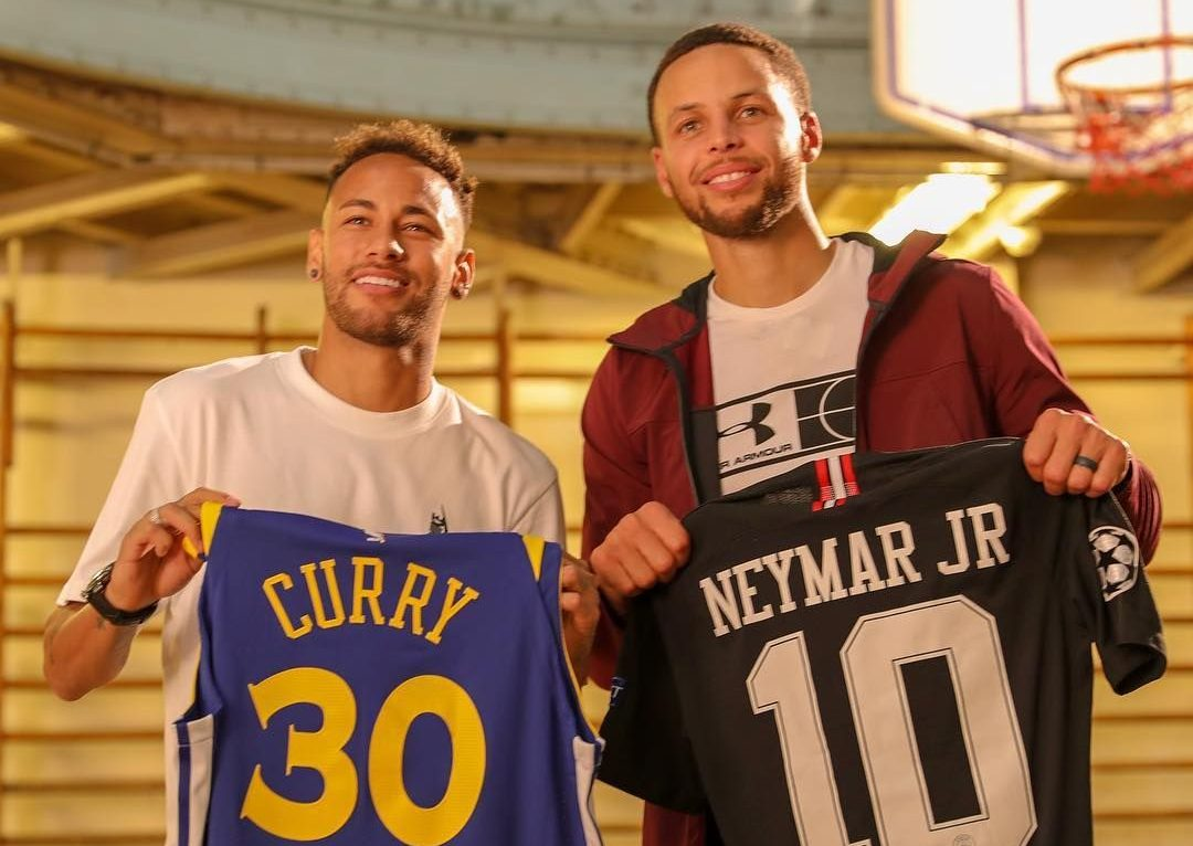 PSG star Neymar sends hilarious two-word warning to Warriors' Stephen Curry