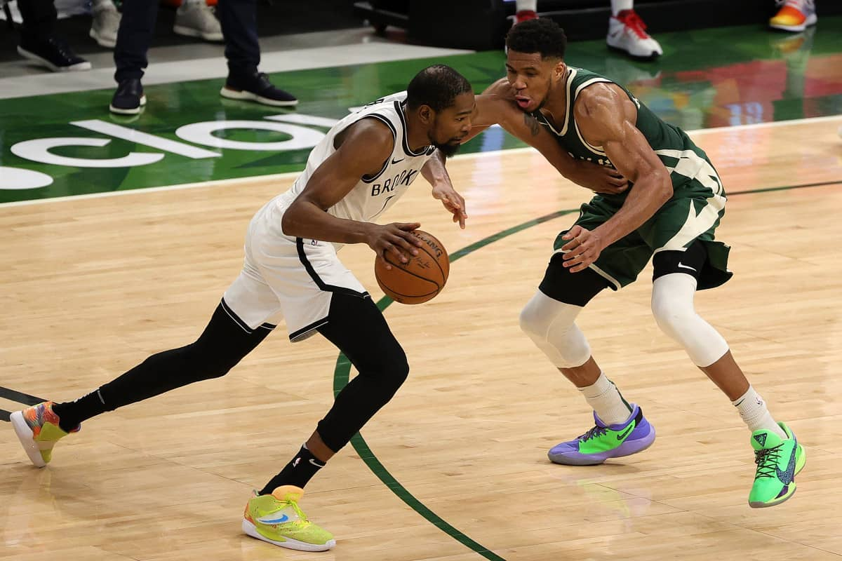 Giannis Antetokounmpo makes brutally honest claim about Kevin Durant's game
