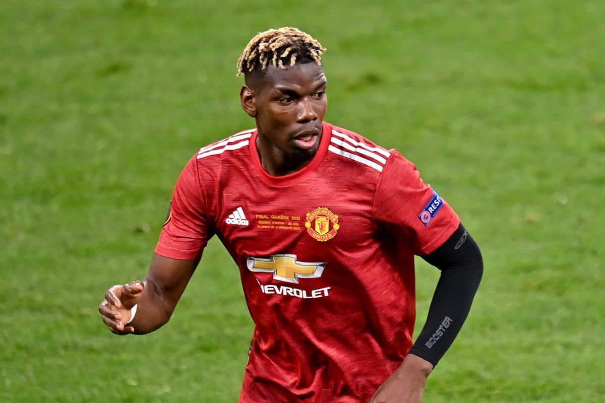 Manchester United star 'close to PSG agreement' after club set new price tag