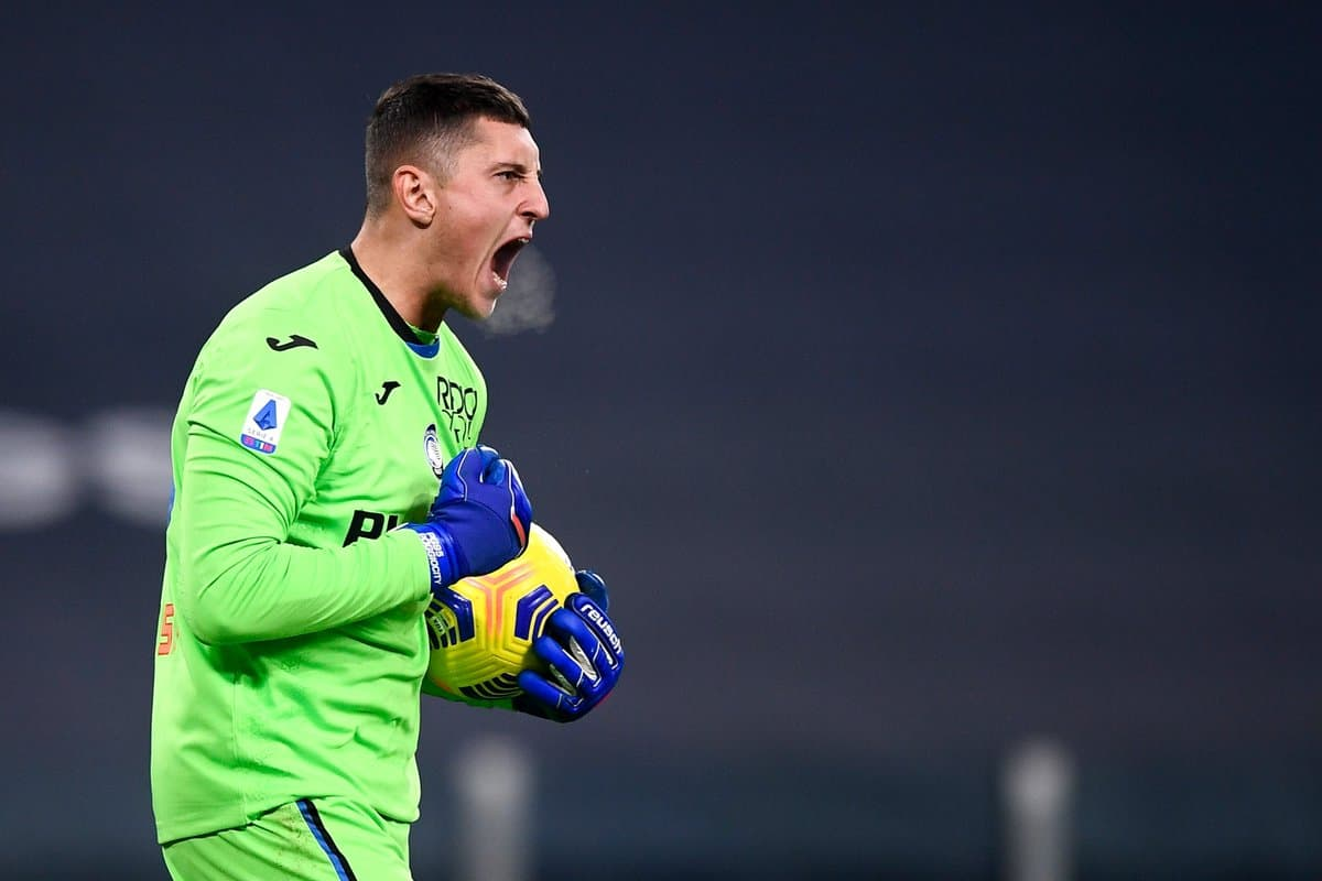 Tottenham target likes Fabrizio Romano's post about his Spurs move