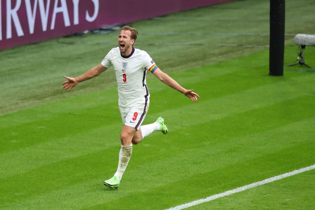 David Beckham Sends Message To Harry Kane And His Wife Ahead Of Euro 2020 Final