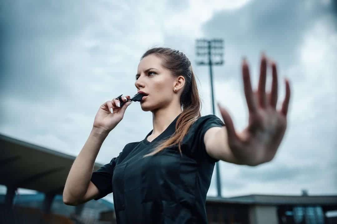 Top 10 hottest female referees in football